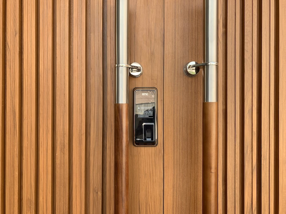 digital door lock บานเลื่อน สำหรับประตูไม้ขนาดใหญ่