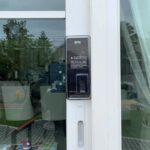 Digital door lock สำหรับประตูบานเลื่อนแบบล็อคริม ล็อคด้านข้าง ปิดชนด้านข้าง กรอบ uPVC